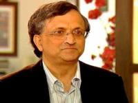 Ramachandra Guha deletes beef tweet, says was in poor taste