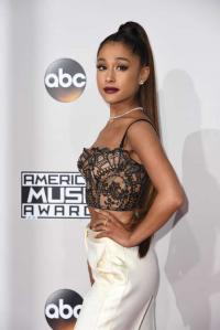 It's no one: Ariana Grande on dating