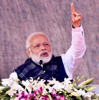 Cong 'misleading' farmers on loan waiver, says Modi