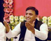 Learn lesson of affection, love from Taj Mahal: Akhilesh to PM