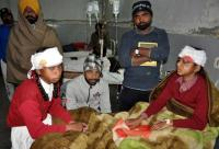 9 kids hurt as auto hits recovery van