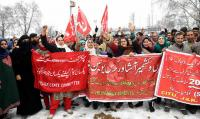 Kashmir traders protest BJP's 'anti-labour' policies