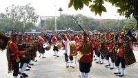 Homage paid to martyrs to mark Army Day