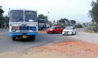 Proper entry to Karnal's new bus stand from NH-44