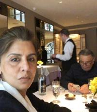 Neetu Kapoor and Rishi Kapoor have a lunch date!