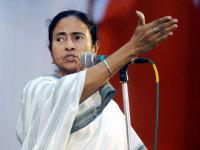 Tumultuous welcome for Mamata at Brigade Ground