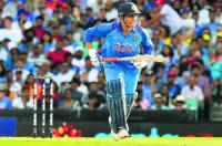 Chappell calls Dhoni  the greatest finisher ever