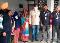Cop, two women held for duping govt officials