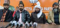 Mufti scuttling political quota demand: Gujjars