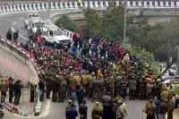 Students' march foiled