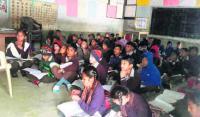 Schoolchildren still await winter uniform