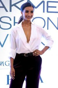Patralekhaa raises funds for cancer patients