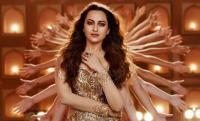 'Total Dhamaal': Sonakshi Sinha recreates Helen's iconic song