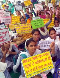 State gets Rs 442 cr from Centre, teachers not paid for 8 months