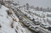 Cold wave continues in Himachal, heavy snow likely