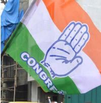 In scramble for LS ticket, family first for Cong leaders