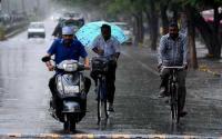 Rains in Delhi, air quality 'very poor'