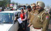 Cops exhort residents to follow traffic rules