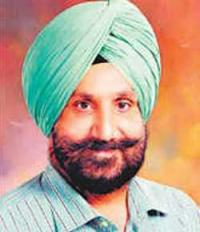 Show details of donation: Randhawa to Majithia