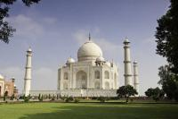 SC pulls up UP govt for delay in submitting 'Vision Document' on Taj Mahal