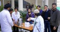 Tanda docs sell tea to protest bond money condition
