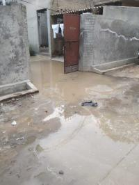 Broken water pipes leave houses inundated