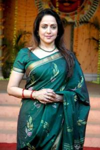 Hema Malini urges farmers to use new agricultural techniques