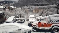 Snow blankets Manali, Kufri, Dalhousie