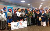 US Sikhs break the wall of difference