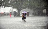 Light rain in Delhi; more rain, hailstorm expected