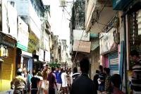 ऊधमसिंह नगरः आचार संहिता लागू होते ही प्रशासन सतर्क, सरकारी संपत्ति से हटाए जा रहे होर्डिंग