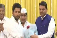लोकसभा चुनावों से पहले कांग्रेस को झटका, पार्टी के वरिष्ठ नेता के बेटे BJP में शामिल