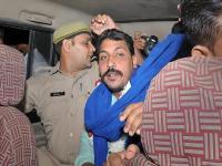 भीम आर्मी अध्यक्ष चंद्रशेखर आजाद को पुलिस ने हिरासत में लिया
