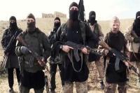 पहाड़ पर 300 आईएस आतंकवादी और उनके परिवार के सदस्य छिपे हुए हैं: मीडिया