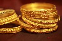 चांदी 410 रुपए सस्ती-सोना 15 रुपए फिसला, जीनिए क्या है आज का रेट
