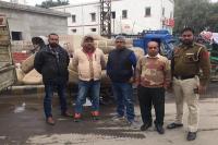 रेलवे स्टेशन पर कीमती शालों के 36 नग बरामद, जम्मू-कश्मीर भेजी जानी थी खेप