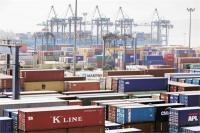 फरवरी में निर्यात 2.44 प्रतिशत बढ़ा, व्यापारिक घाटा हुआ कम