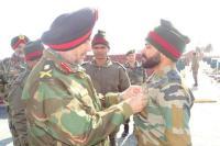 नार्दन कमांडर ने किया कश्मीर का दौरा, जानी मौजूदा स्थिति