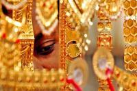 दिल्ली सर्राफा समीक्षाः सोना 110 रुपए टूटा, चांदी 490 रुपए लुढ़की