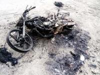 शरारती तत्वों ने आग के हवाले की बाइक, पुलिस जांच में जुटी