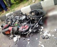 बड़ा हादसा: प्रतापगढ़ में ट्रैक्टर-ट्रॉली से टकराई बाइक, 3 की मौके पर दर्दनाक मौत