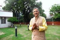 PM मोदी के बाद CM ने भी बदला अपने ट्विटर हैंडल का नाम, किया ''चौकीदार त्रिवेन्द्र सिंह रावत''