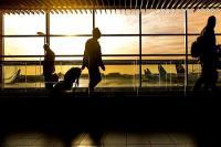 पुणे हवाई अड्डे पर वायुसेना के विमान में आई गड़बड़ी, 16 उड़ान प्रभावित