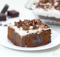 कुकी क्रीम पोक केक जरुर करें ट्राई