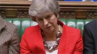 संकट मेंब्रिटिश PM थरेसा मे, ब्रेक्जिट पर संसद  ने दिया नया  झटका