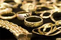 सोना 140 रुपए महंगा, चांदी 235 रुपए उछली
