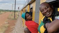 घंटों ट्रेन में फंसे रहे द.अफ्रीकी राष्ट्रपति, सोशल मीडिया पर हो रहीं दिलचस्प टिप्पणियां