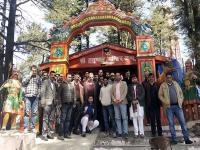 मोदी को पुन: PM बनाने को शिक्षा मंत्री ने जाखू मंदिर में की पूजा-अर्चना