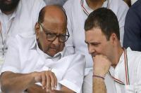 कांग्रेस-AAP में दोस्ती कराने दिल्ली आए शरद पवार, राहुल गांधी से की बात