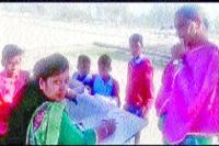 कालांवाली के सरकारी स्कूल में बच्चे खुद की परीक्षा स्वयं करते हैं चैक
